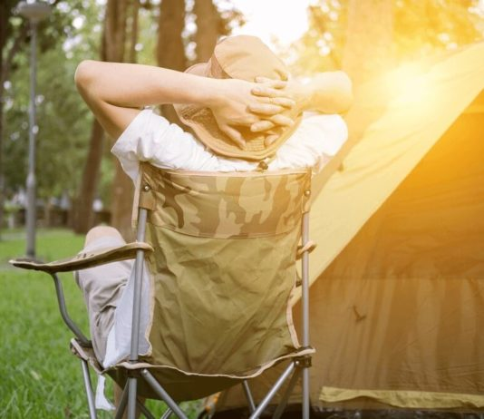 Best Camping Chair for Bad Back - featured image