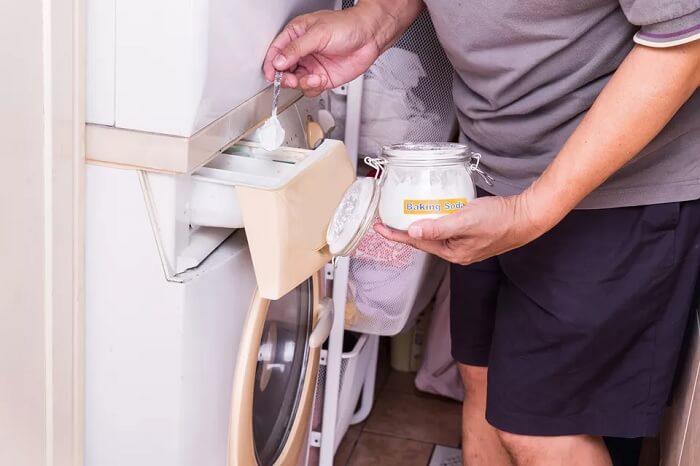 Washing With Baking Soda {Method 7}